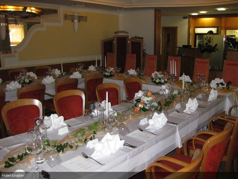 weddings tables - hotel Eroplan Roznov p/R